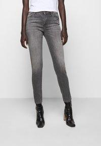 KARL LAGERFELD - CHAIN - Jeans Skinny Fit - grey denim - 0