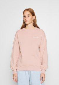 Abercrombie & Fitch - ITALICS SEAMED LOGO CREW - Sweatshirt - pink - 0