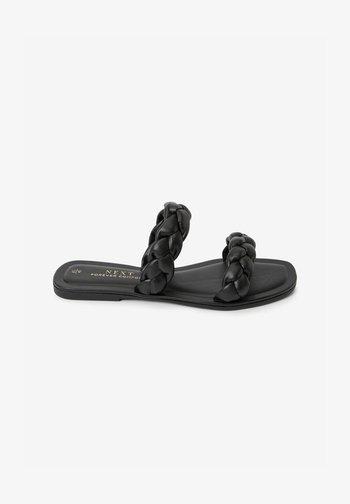 FOREVER COMFORT® PLAITED - Slippers - black