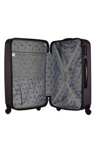 Fabrizio - WINGS - Luggage set - purple - 3