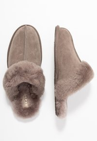 UGG - SCUFFETTE  - Slippers - mole - 3