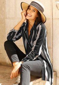 Laura Kent - Button-down blouse - stein,schwarz,wollweiß - 2