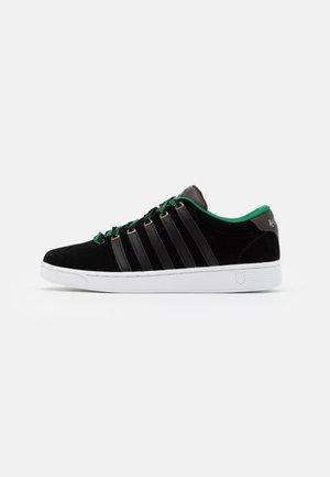 COURT PRO II CMF X HARRY POTTER - Sneakers laag - black/green
