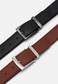 Pier One - 2 PACK - Belt - black/brown - 2