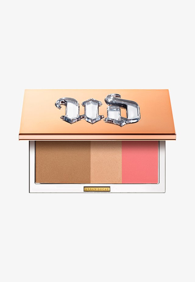 NAKED THREESOME - Face palette - naked