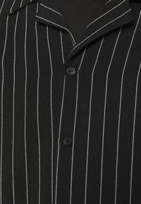Blood Brother - ASHLAND BOXY UNISEX - Button-down blouse - black - 3