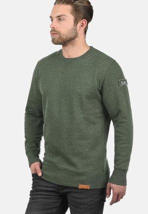 TRIP-O-NECK - Sweatshirt - climb ivy