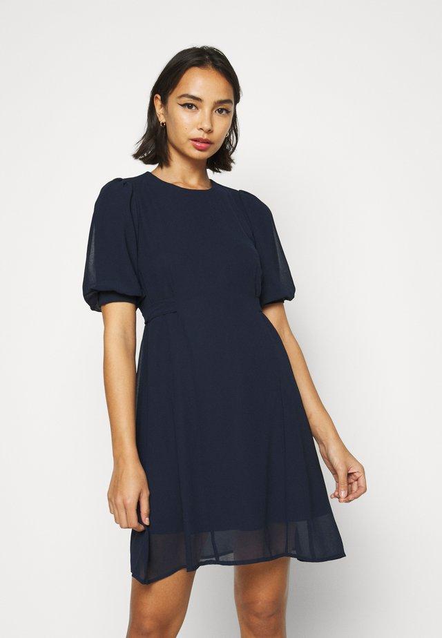 VMVIVIKA SHORT DRESS - Day dress - navy blazer