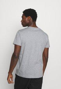 GANT - LOCK UP  - T-shirt med print - grey melange - 2