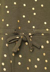 ONLY - ONLMILLIE BELT DRESS - Jerseykjole - kalamata/gold - 5