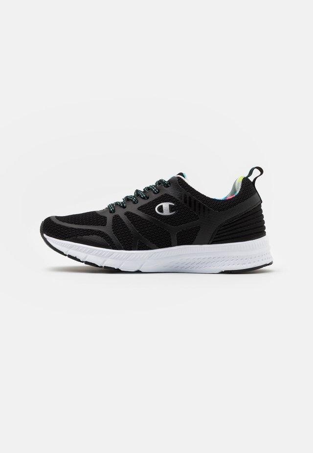 LOW CUT SHOE RUN - Neutral running shoes - new black
