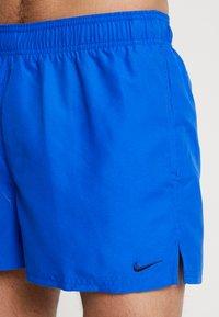 Nike Performance - VOLLEY - Swimming shorts - hyper royal - 3