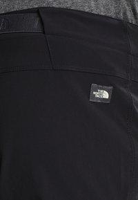 The North Face - SPEEDLIGHT SHORT - kurze Sporthose - black/black - 4