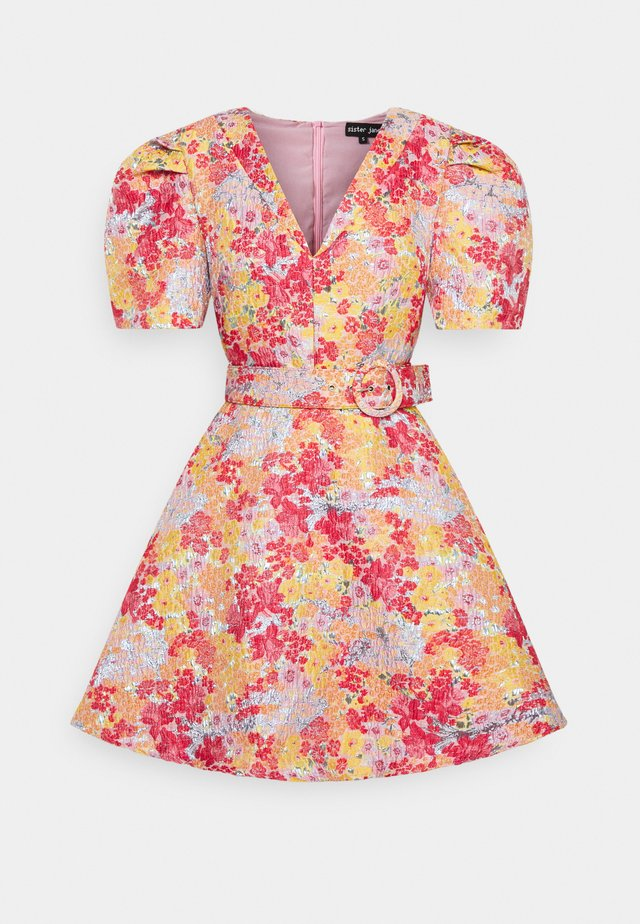 FRESHMAN BELTED SKATER DRESS - Robe d'été - multi