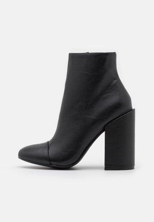 DOLLEY - Kotníková obuv na vysokém podpatku - black