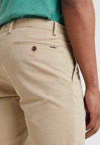 Polo Ralph Lauren - Shorts - classic khaki - 4