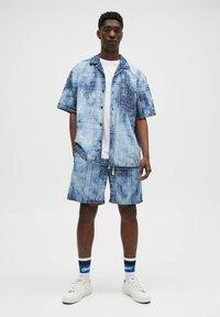 PULL&BEAR - Camicia - blue - 1