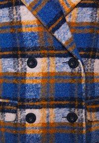 Steffen Schraut - Classic coat - sunday check - 2