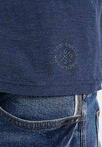TOM TAILOR - BASIC HENLEY - Basic T-shirt - dark blue - 5