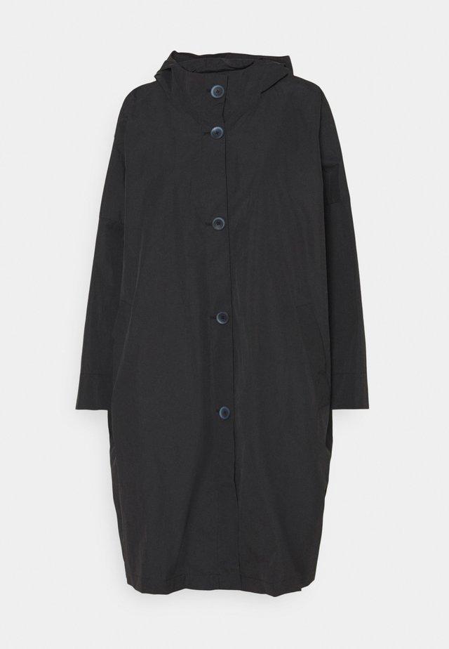 TANIA - Cappotto classico - black