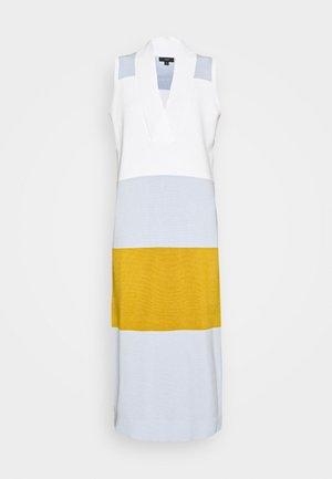 Pletené šaty - ivory shale/blue/wheat