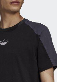 adidas Originals - ARCHIVE - T-shirt con stampa - black - 4
