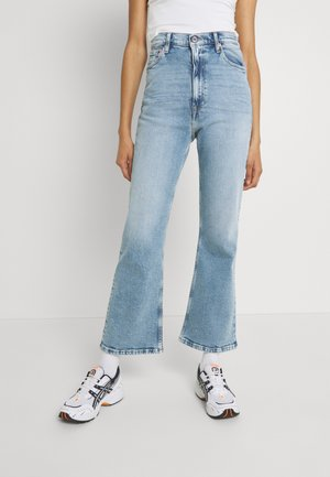 HARPER FLARE ANKLE - Jeans a zampa - denim light