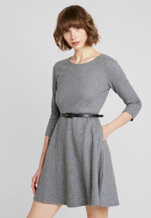 LADIES DRESS - Pletené šaty - grey
