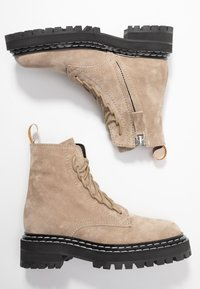 Proenza Schouler - Platform ankle boots - deserto - 3