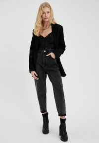 DeFacto - Relaxed fit jeans - black - 1