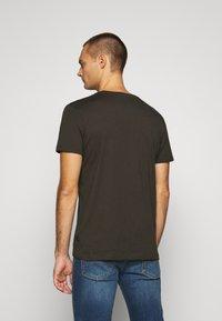 Burton Menswear London - SHORT SLEEVE CREW 10 PACK - T-shirt basic - charcole/navy - 2