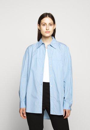 CLASSIC STRIPE - Button-down blouse - ice blue