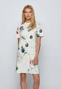 BOSS - Robe d'été - patterned - 0
