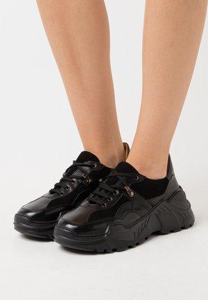 Sneakersy niskie - astor/palermo/nero