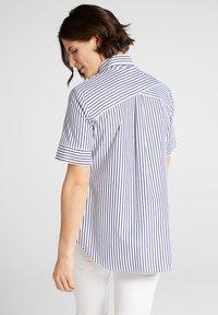 Eterna - MODERN CLASSIC - Button-down blouse - blue/White - 1