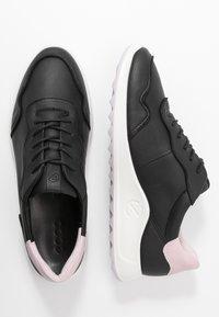 ECCO - ECCO FLEXURE RUNNER II - Sneaker low - black/blossom rose - 3