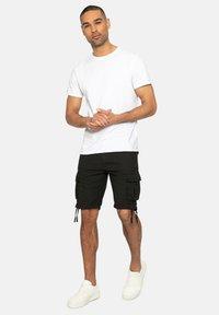 Threadbare - Shorts - black - 1