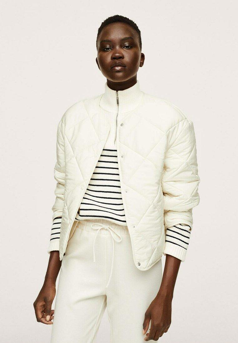 Women GEWATTEERDE - Light jacket