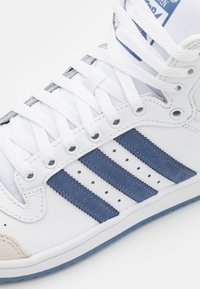 adidas Originals - TEN SHOES MID - Sneakers high - footwear white/blue/crystal white - 5