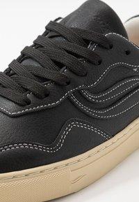 Genesis - SOLEY TUMBLED - Sneakers basse - black - 6