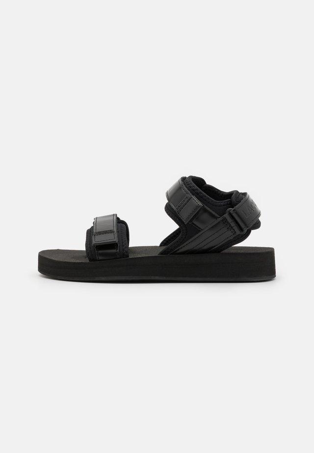SURUGA - Sandaler - black