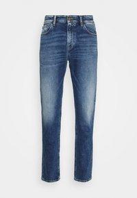 Tommy Jeans - RYAN STRAIGHT - Straight leg -farkut - barton mid blue comfort - 4