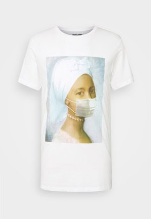 JORMASK TEE CREW NECK - Print T-shirt - cloud dancer