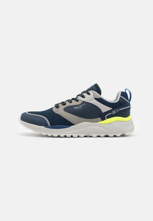 TRAIL LIGHT - Sneakers - navy