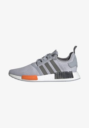NMD_R1 UNISEX - Baskets basses - halo silver/black silver metallic/bahia orange