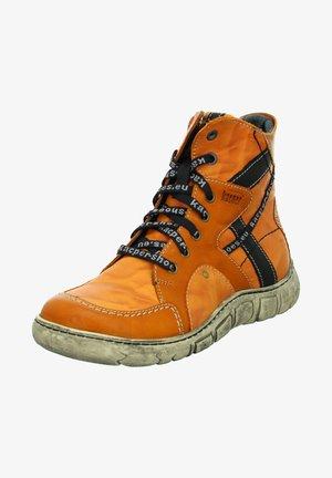 Winter boots - orange