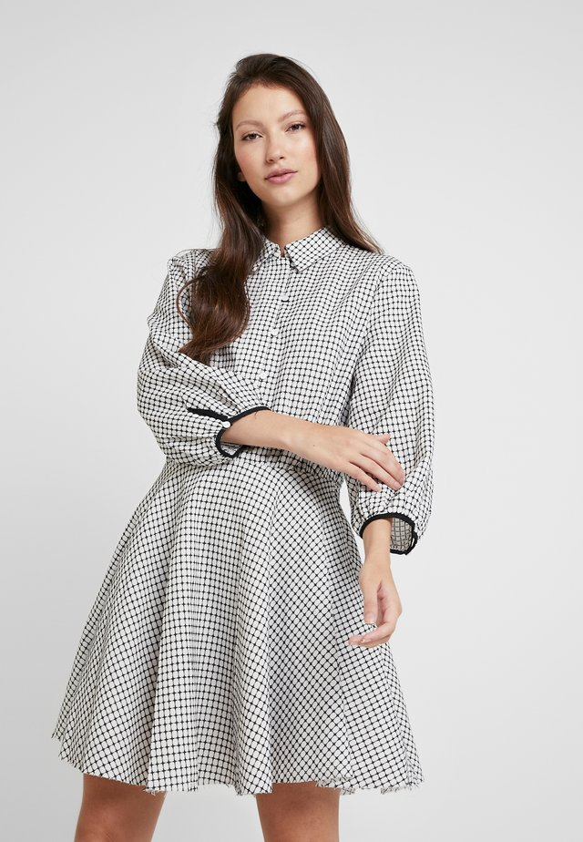 LAST MINUTE MINI DRESS - Shirt dress - black/ white
