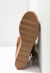 Vidorreta - DAKOTA - Wedge Ankle Boots - camel - 6