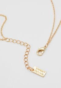 sweet deluxe - ALIKA - Necklace - gold-coloured/schwarz - 2