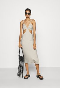 Nly by Nelly - CUT OUT MIDI DRESS - Day dress - creme - 1